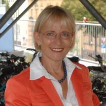 Dr. Brigitte Dahlbender