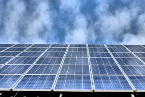 Dezentralisierung, Solarfoto von Hubertus Grass, enheitlicher CO2-Preis