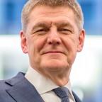 Dr. Utz Tillmann