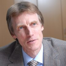 Dr. Thomas Unnerstall