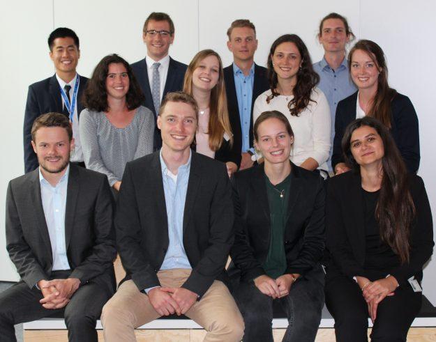 Trainees bei der EnBW Energie Baden-Württemberg AG: Der Einstieg über das Traineeprogramm ermöglicht es den Konzern umfassend kennenzulernen.