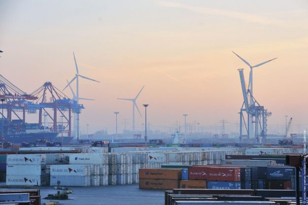 Sektorenkopplung: NEW 4.0 verbindet mit der Metropolregion Hamburg und dem Küstenland Schleswig-Holstein eine Verbrauchsregion mit einer Erzeugungsregion für Windenergie.